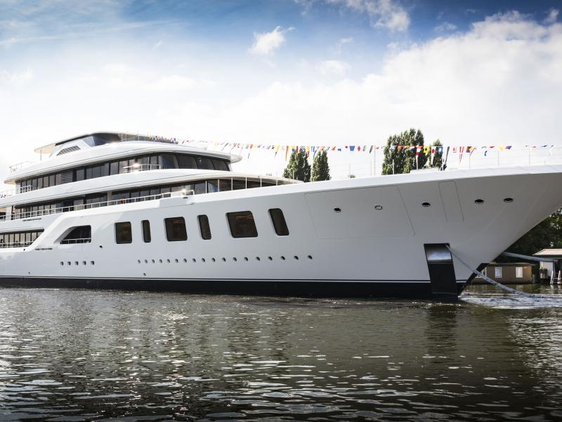 Aquarius launch copyright feadship 10